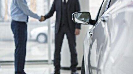 Ръст бележат продажбите на нови автомобили в България image
