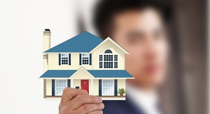 How will an insurance broker help you? image