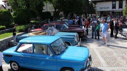 В България продължават да се движат предимно стари автомобили сочи статистиката image