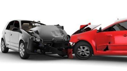 """Какъв е срокът за завеждане на щети по застраховка """"АВТОКАСКО"""" image"""