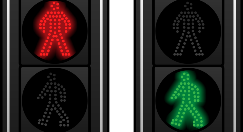 The pedestrian has no absolute right when crossing a footpath image