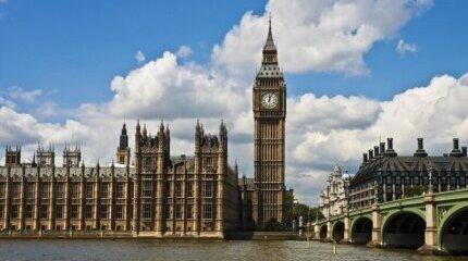 Кандидатите за гражданство във Великобритания се увеличават откакто Брекзит е факт image
