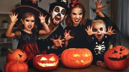 Пет различни doodle-а за Хелоуин представя Google image