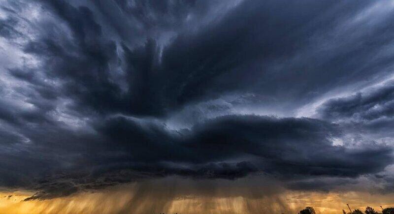 Жълт код за цялата страна заради бури и валежи image