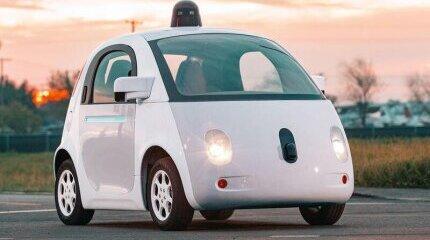 Google прави автомобил без волан и педали image