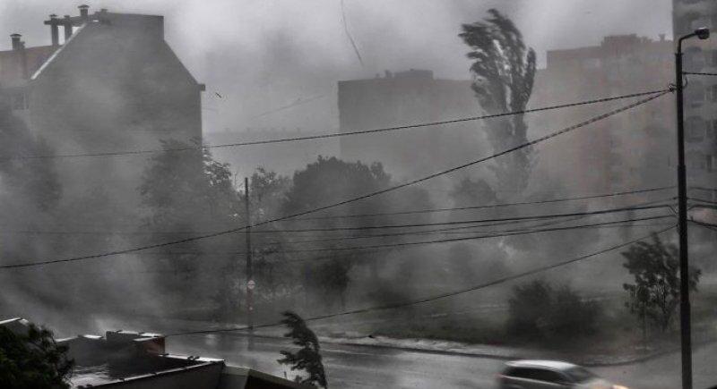 Северна Европа се готви за мощна буря image