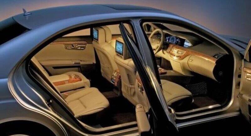 Mercedes S-Class: Автомобил на годината 2014 в Китай image