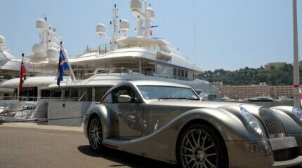 New taxes for owners of powerful cars and yachts in Greece image